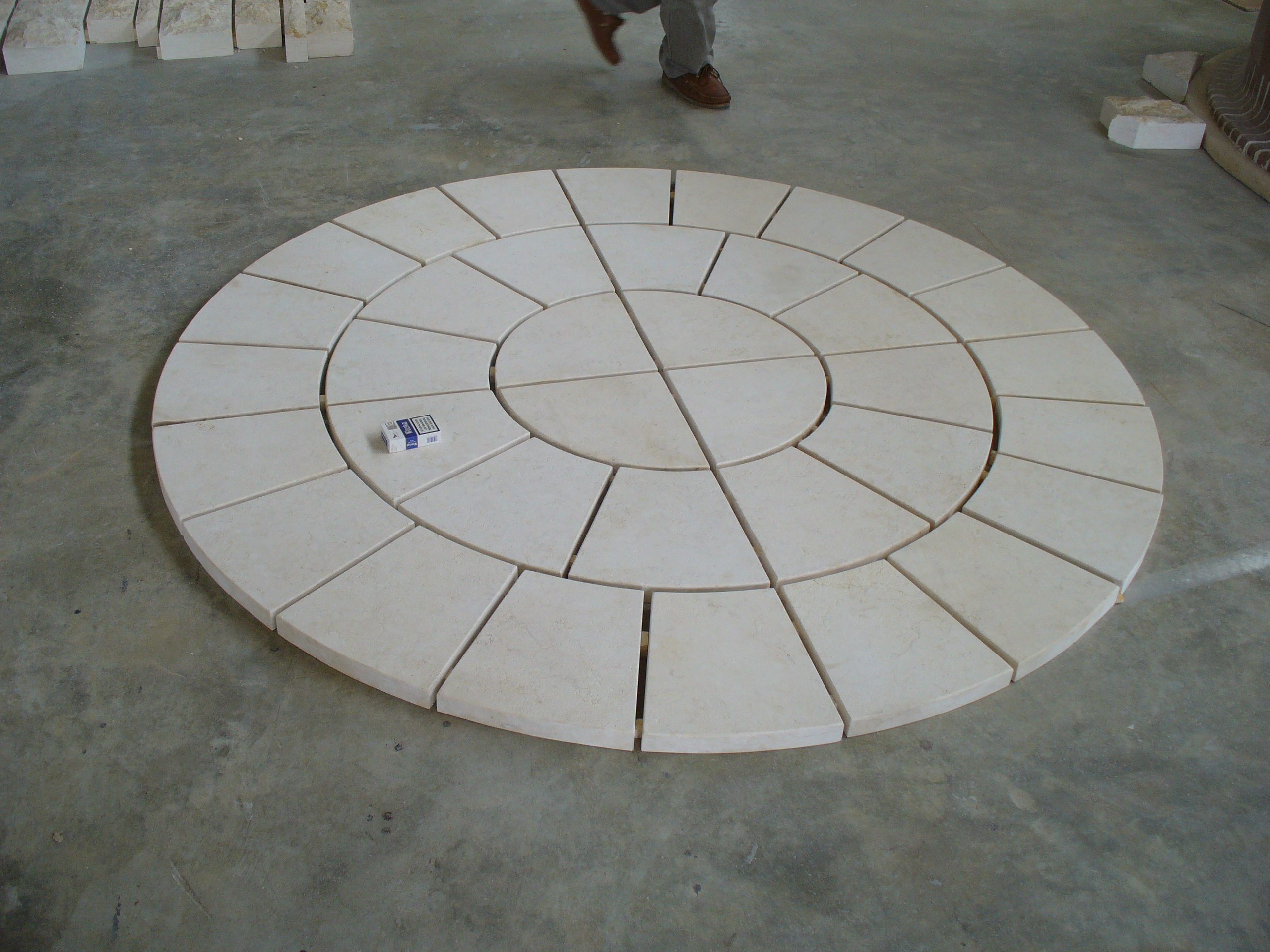 Circular marble floor pavers