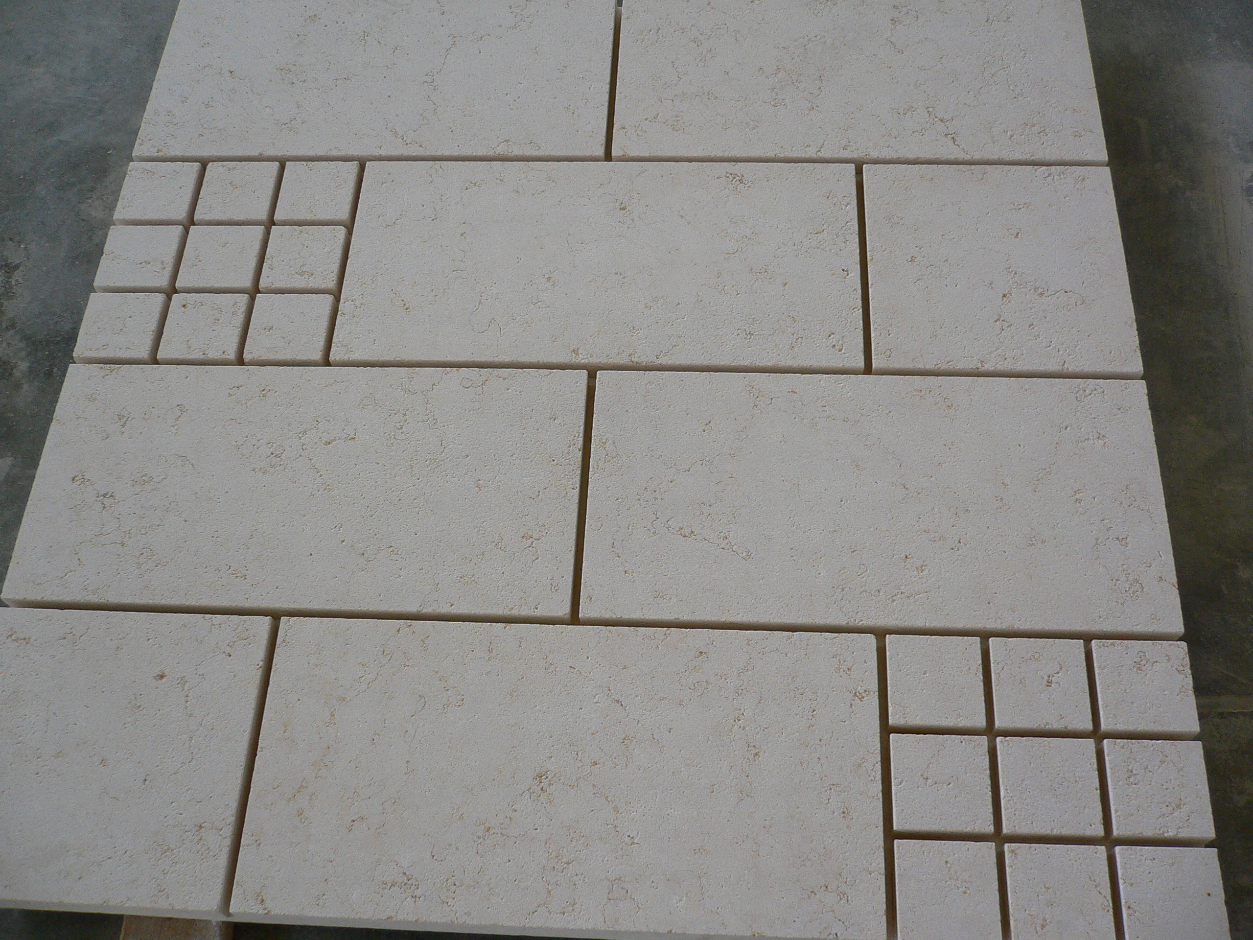 Different sizes marble pavers
